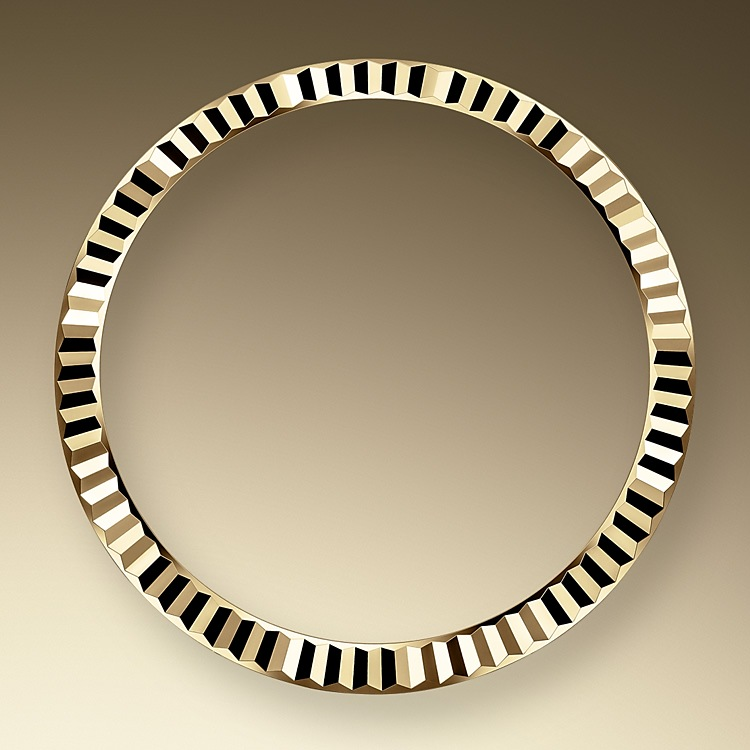 the fluted bezel yellow gold 50597 1