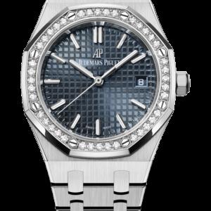Reloj Audemars Piguet Royal Oak Automático en acero con diamantes. Esfera Gran Tapicería color gris azulado coronada con un bisel engastado con 40 diamantes talla brillante.
