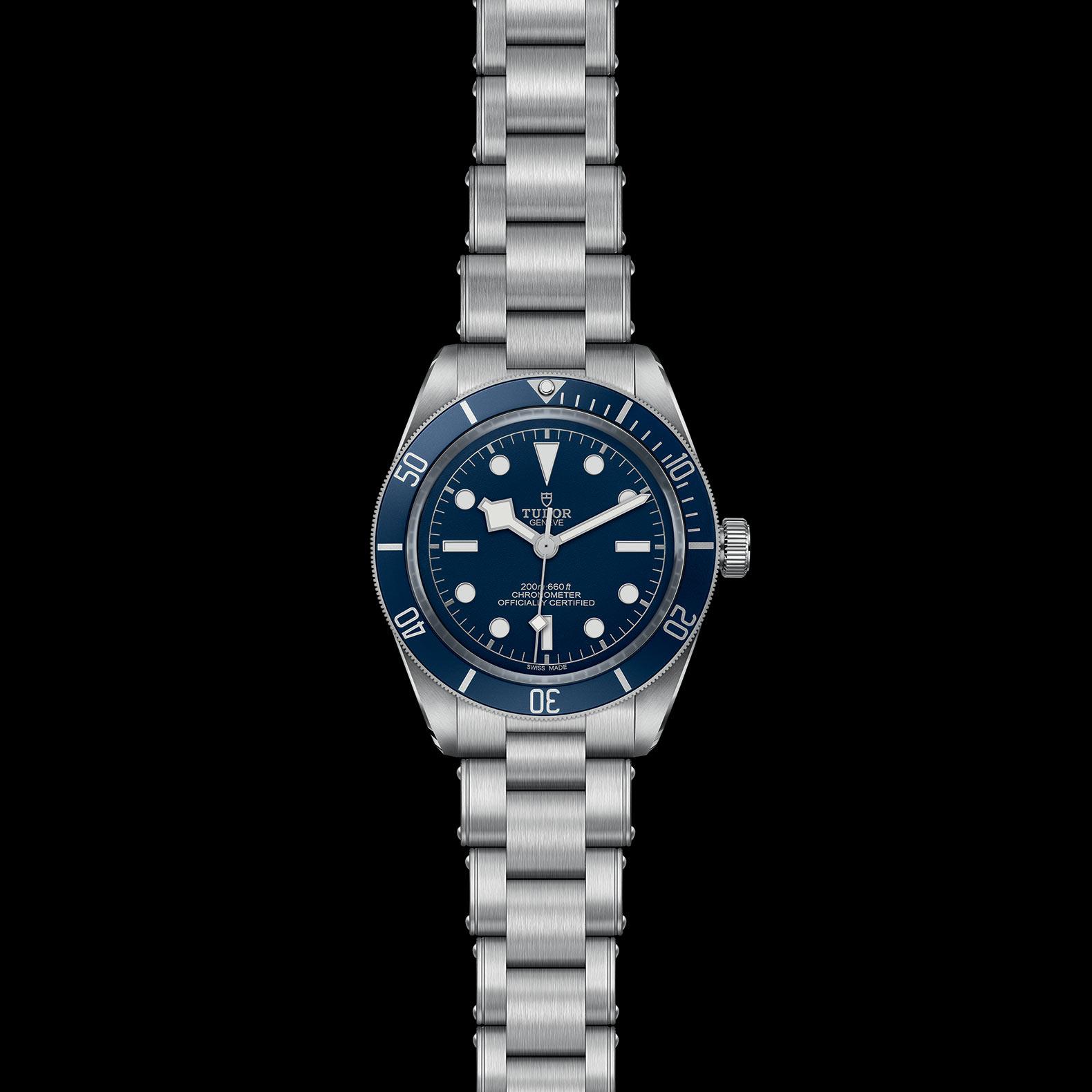 Reloj Tudor Black Bay Fifty-eight Automático en acero con esfera y bisel color azul.
